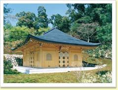 金閣寺妙音堂
